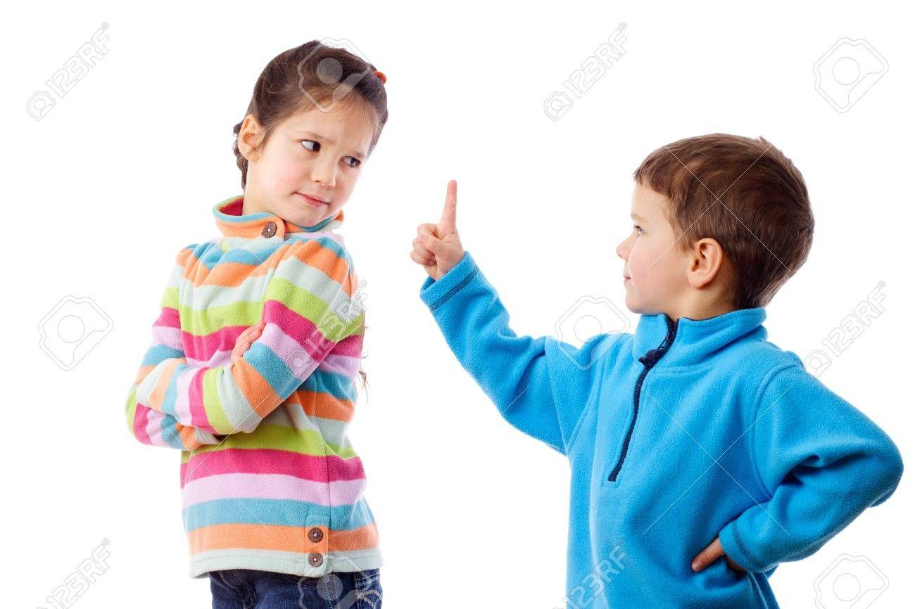 12897807-two-children-who-are-arguing-isolated-on-white.jpg